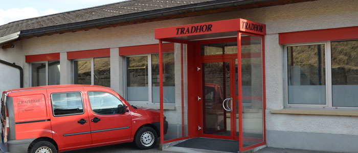 tradhor contact